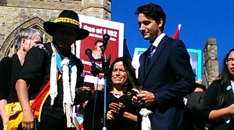 "Prime Minister Justin Trudeau Makes a Surprise Appearance at a MMIWG Vigil on Parliament– ""I recognized that these buildings behind us, and everyone who has sat in them, failed; Failed to uphold the values and principles which they were supposed to defend."""
